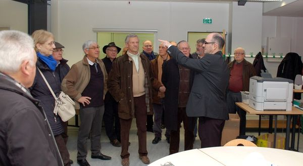 Les anciens Carriatis en visite de chantier